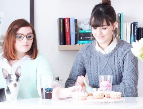 Bonjour  • Avez-vous vu le dernier article sur le blog  Un goûter chez  avec sa recette de cupcakes , MIAM..